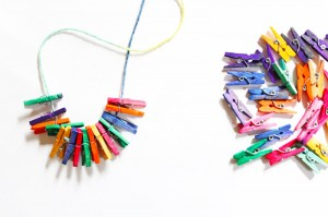 Make-Necklace-Clothespins