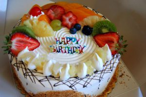 Happy-Birthday-Fresh-Cake