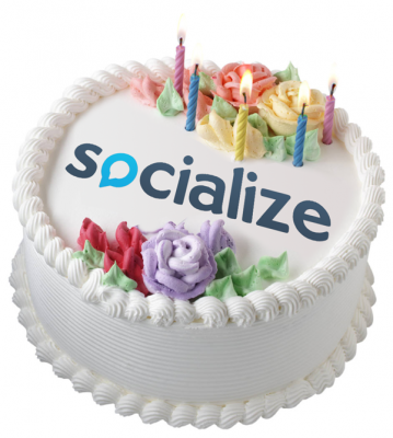 Socialize-Birthday-Cake