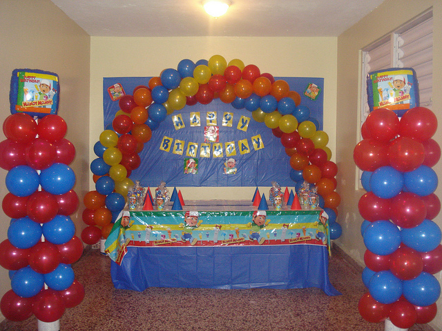 10 cute birthday decoration ideas birthday songs with names for Handy manny decorations